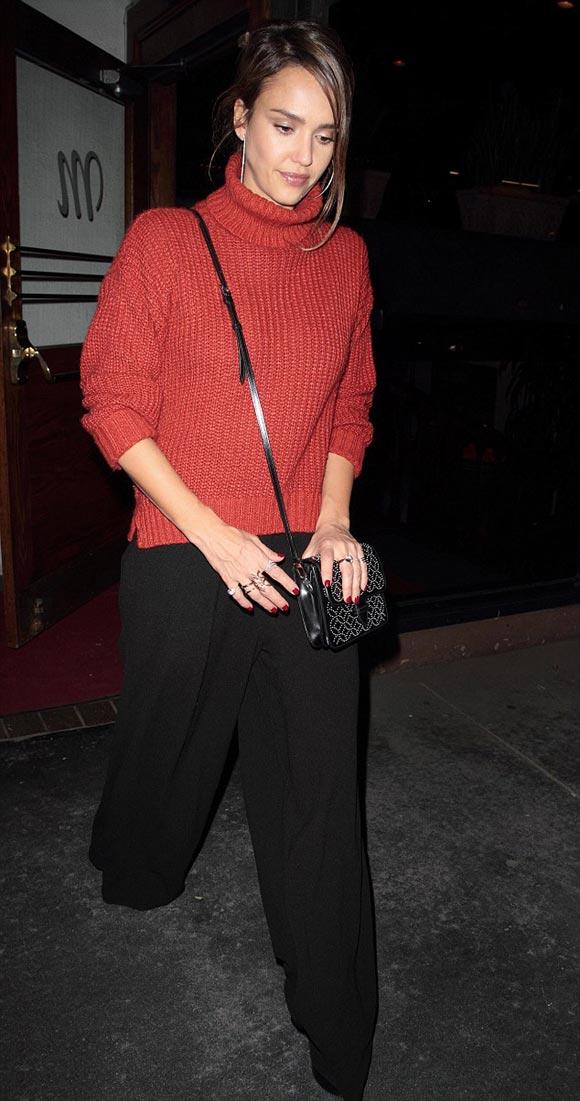 Jessica-Alba-outfit-21-nov-2015