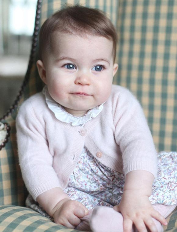 Princess-Charlotte -six-months-2015-01