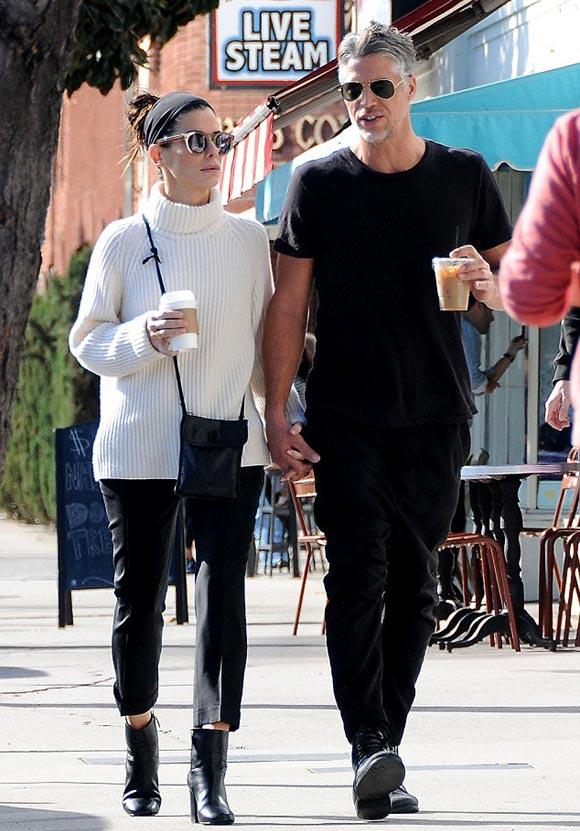 Sandra-Bullock-boyfriend-nov-2015-01