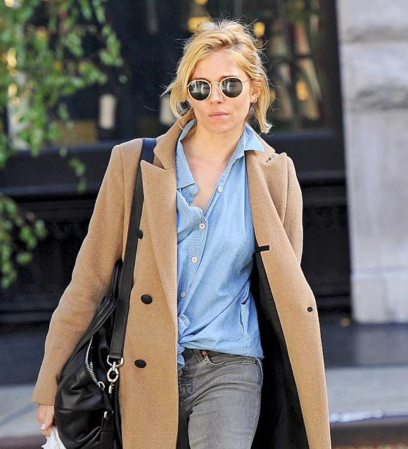 Sienna-Miller-outfit-NY-nov-2015-01