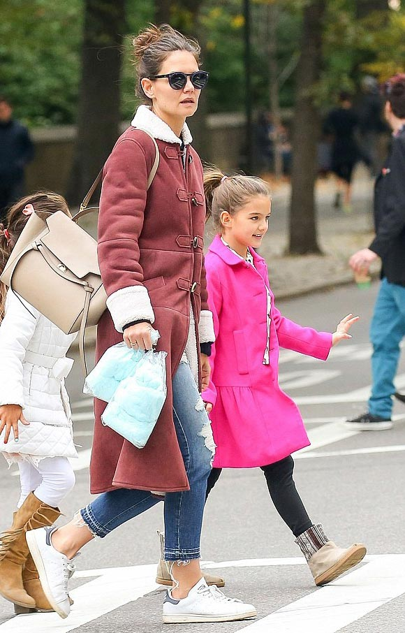 Suri-Cruise-fashion-oct-2015-06