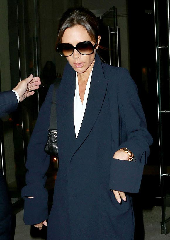 Victoria-Beckham-fashion-nov-10-2015-01