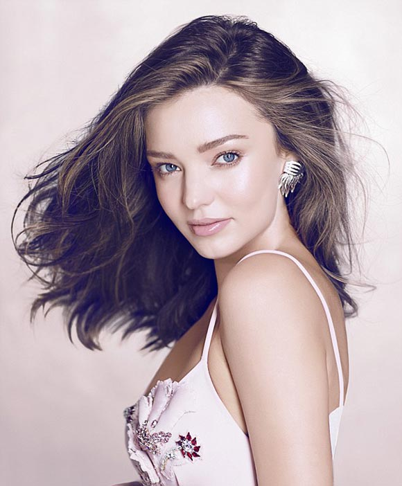 miranda-kerr-Vogue Thailand-dec-2015-03