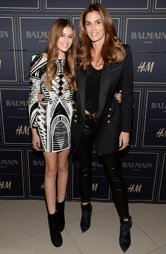 Cindy-Crawford-Kaia-Presley-nov-2015-04
