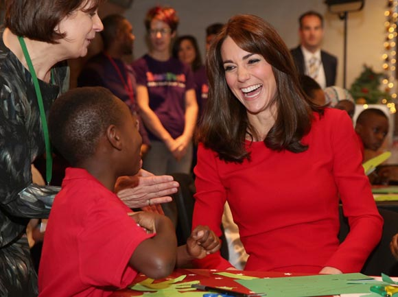 Duchess-Kate-fashion-dec-2015-03