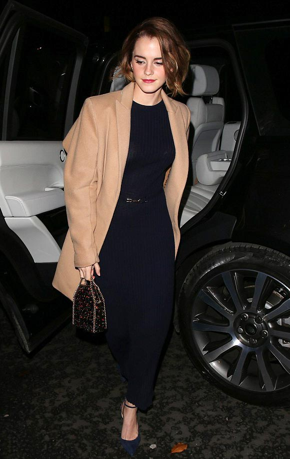 Emma-Watson-outfit-dec-2015-03