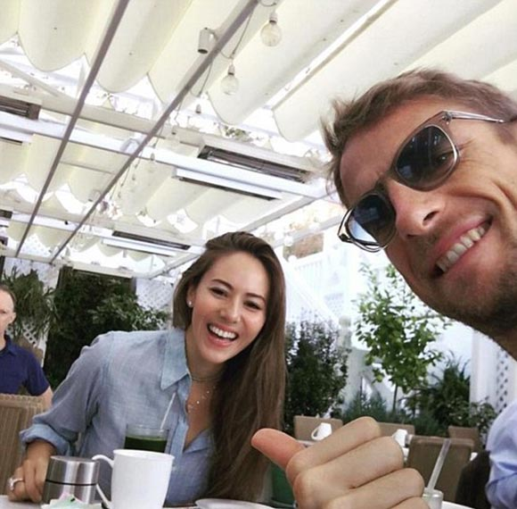 Jenson-Button-Jessica-divorce-dec-2015-05