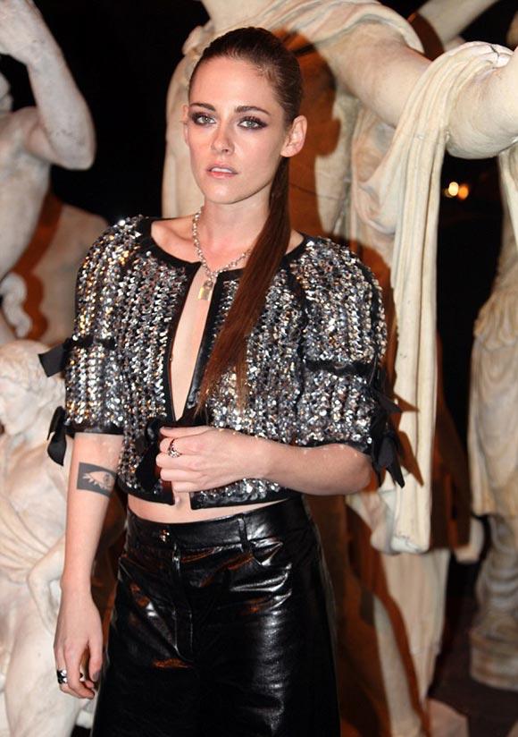 Kristen-Stewart-channel-show-Rome-2015-06