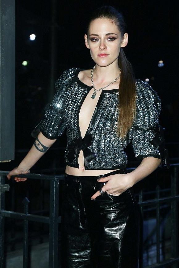 Kristen-Stewart-channel-show-Rome-2015-08