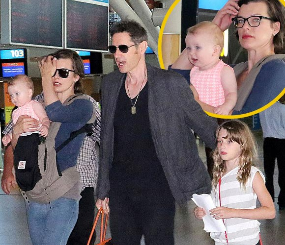 Milla-Jovovich-family-dec-2015
