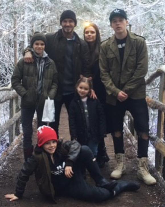 beckham-family-xmas-2015-01