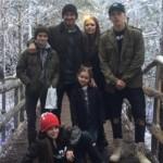 ベッカム一家、クリスマスに素敵な家族写真を公開 #ハーパーちゃん #インスタグラム