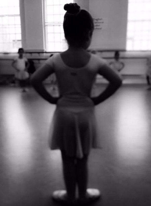 harper-beckham-ballerina-2015
