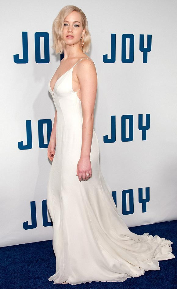 jennifer-lawrence-Joy- Premiere-dec-2015-02