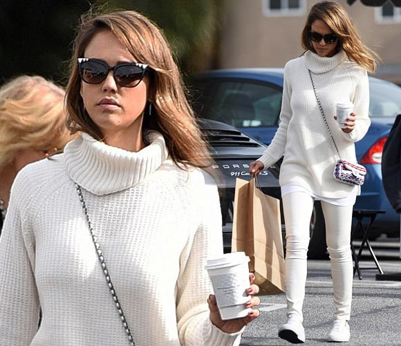 jessica-alba-all-white-fashion-dec-2015