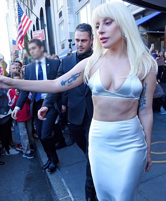 lady-gaga-Taylor-Kinney-Billboard-Women-in-Music-2015-05