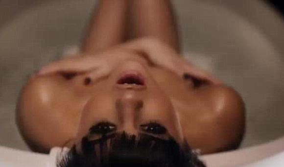 selena-gomez-hands-to-myself-video-01.jpg