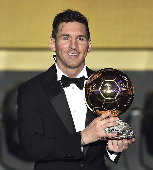 2015-FIFA-Ballon-dOr-messi-02