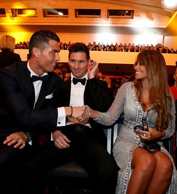 2015-FIFA-Ballon-dOr-messi-Ronaldo