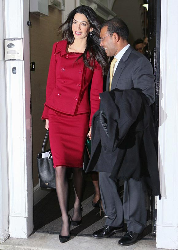 Amal-Clooney-skirt-suit-jan-2016-06