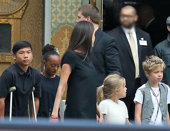 Angelina-Jolie-children-Premiere-Kung-Fu Panda3-2016