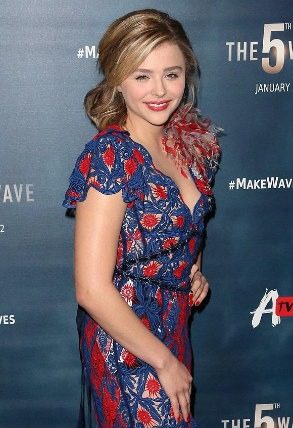 Chloe-Moretz-5th Wave-jan-2016-02