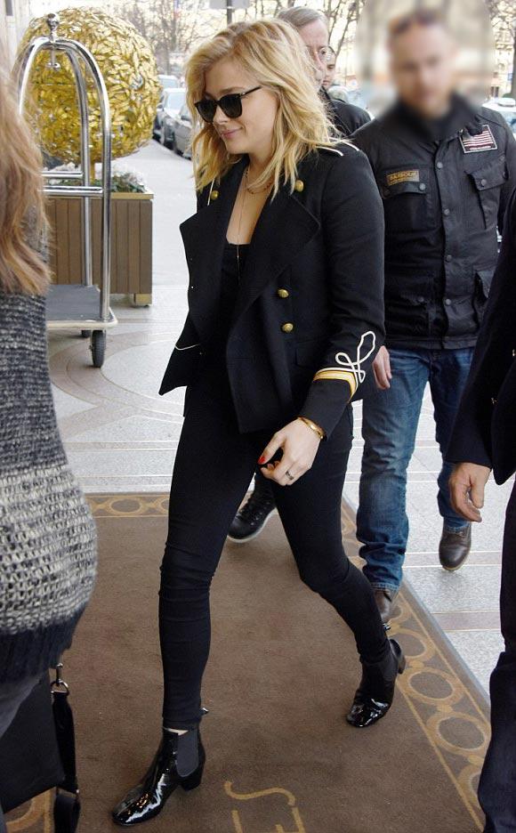 Chloe-Moretz-outfit-paris-jan-2016