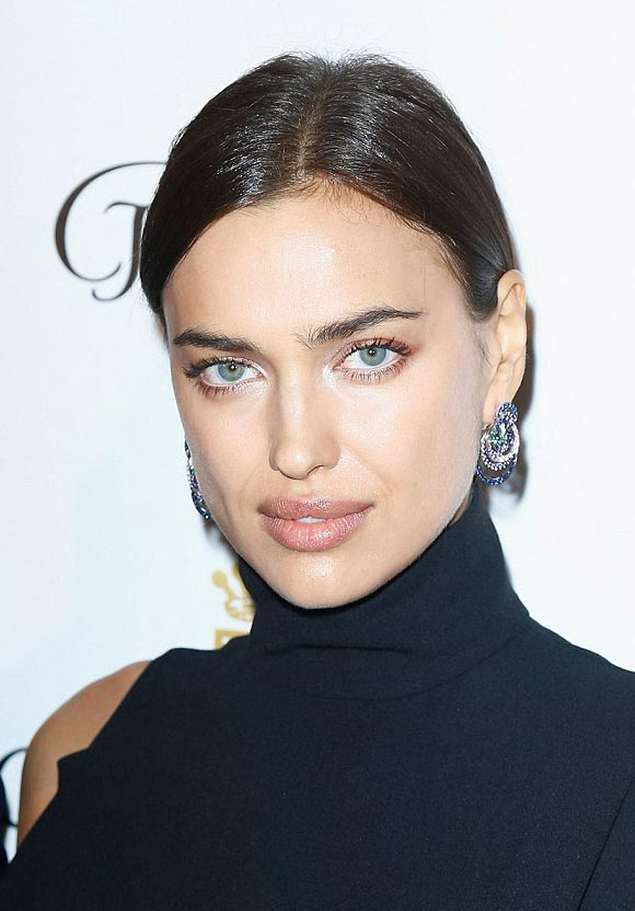 Irina-Shayk-De-Grisogono-showcase-Paris-2016-03
