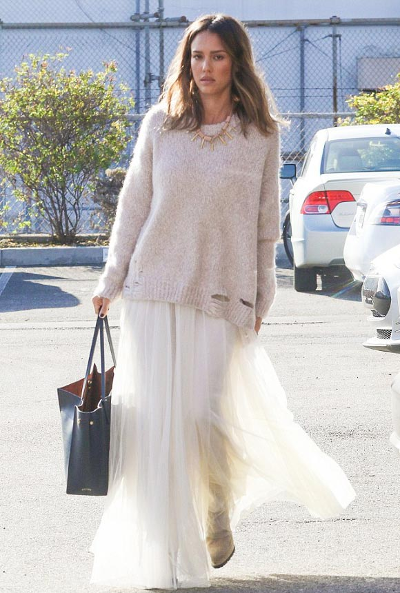 jessica-alba-outfit-jan-2016-01