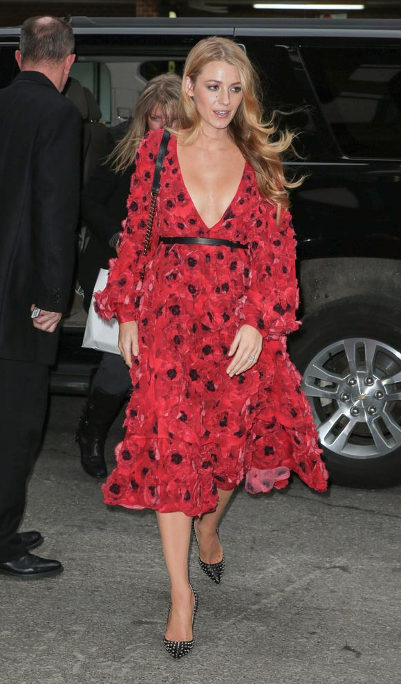Blake-Lively-outfit-NY-feb-2016-05