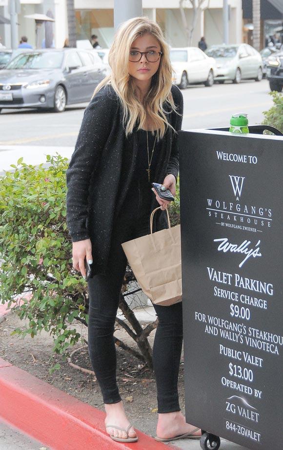 Chloe-Grace-Moretz-outfit-jan-2015-04