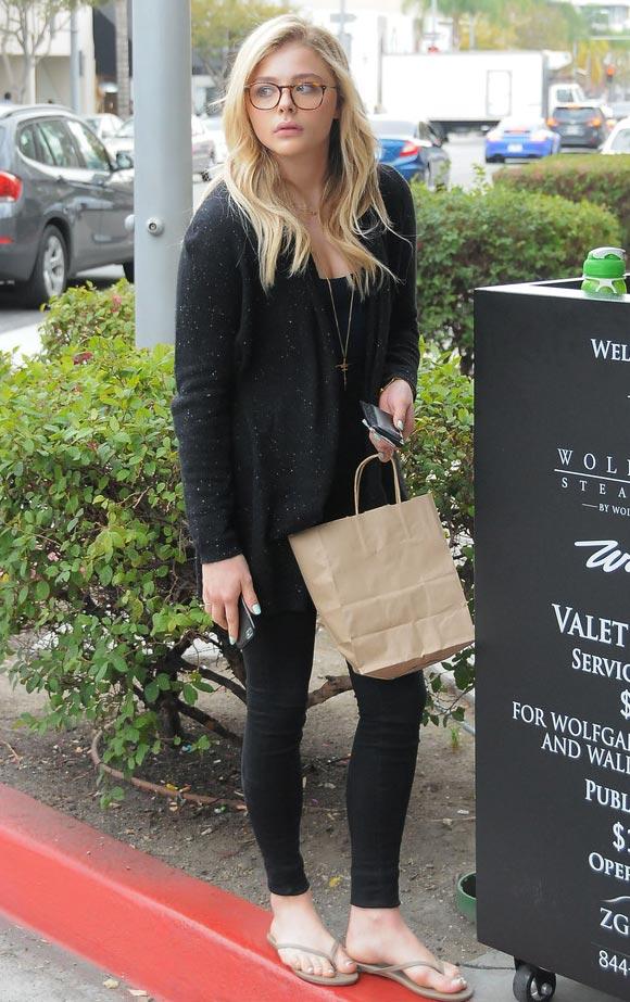 Chloe-Grace-Moretz-outfit-jan-2015-05