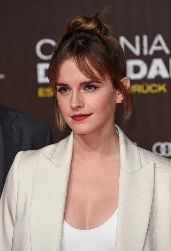 Emma-Watson-Colonia-premiere-feb-2016-04
