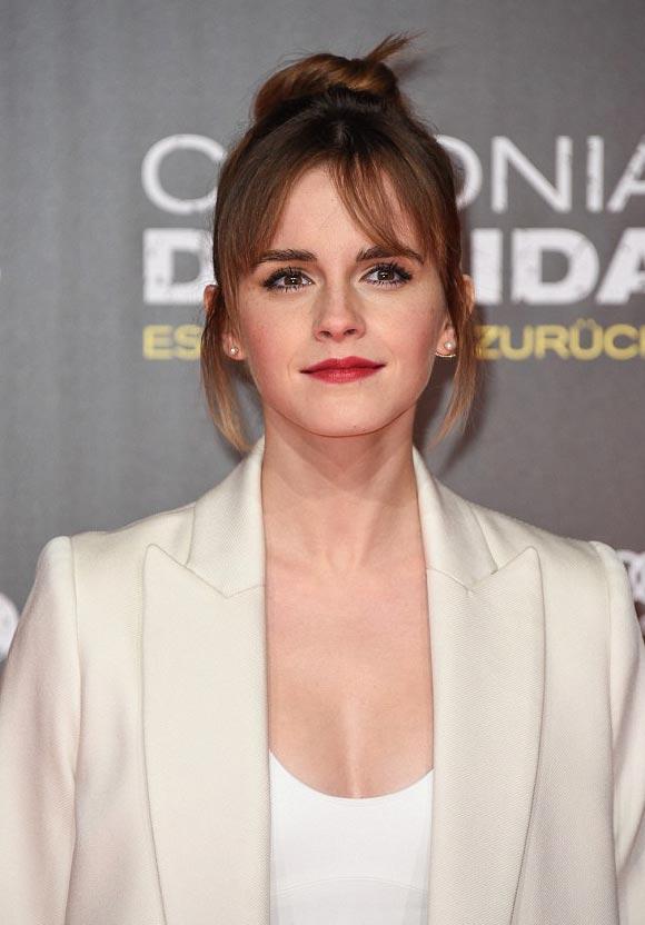 Emma-Watson-Colonia-premiere-feb-2016-05