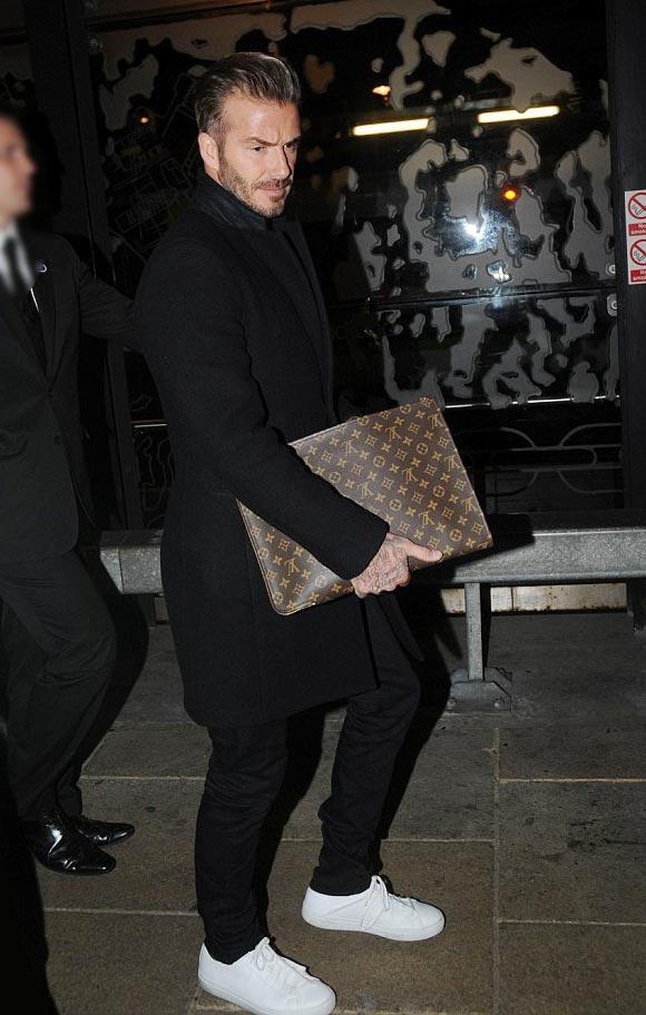 david-beckham-fashion-outfit-feb-22-2016-01