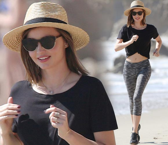 miranda-kerr-works-out-beach-feb-2016
