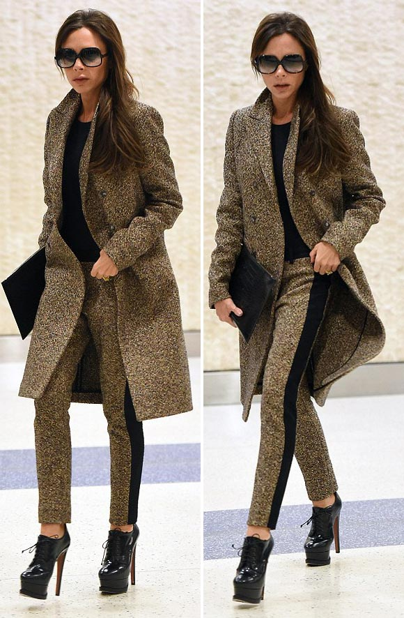 victoria-beckham-fashion-feb-2016-02
