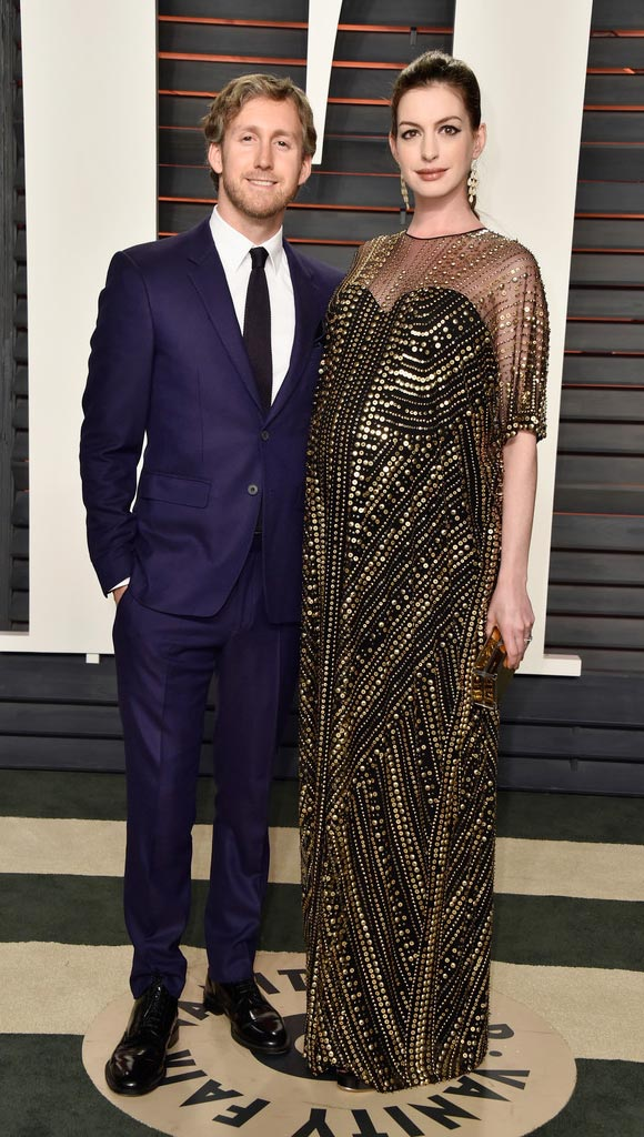 Anne-Hathaway--Oscar-after-Party-2016-01