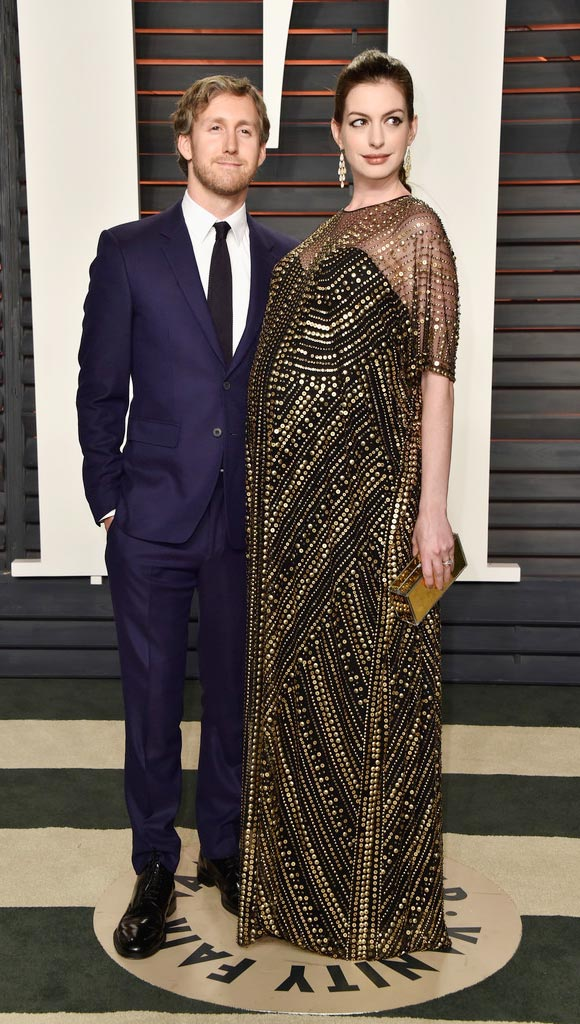 Anne-Hathaway--Oscar-after-Party-2016-02