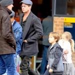 Brad-Pitt-Maddox-Knox-Vivienne-mar-2016
