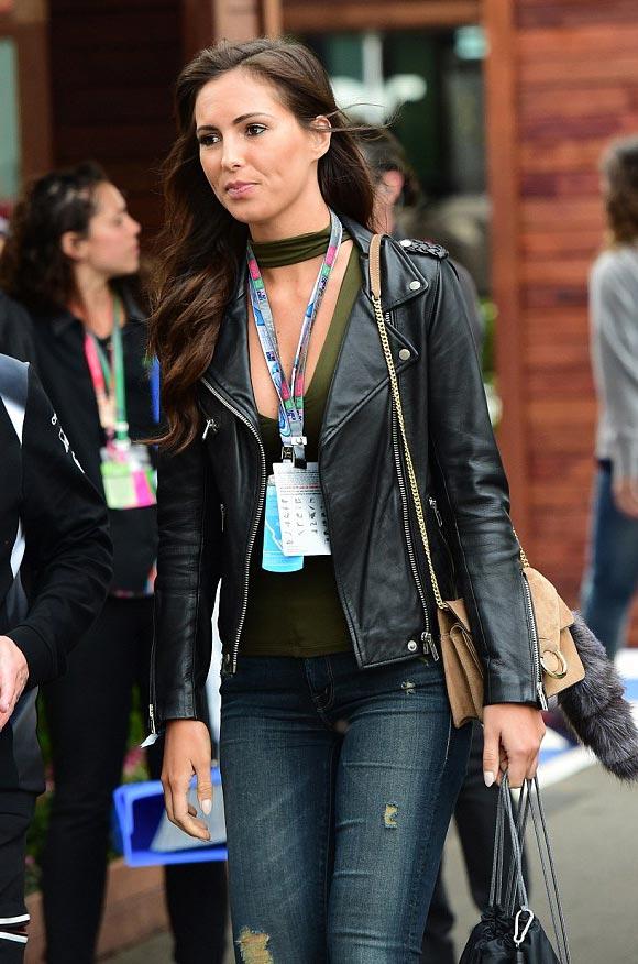 Jenson-Button-Brittny-Ward-Australia-F1-mar-2016-06