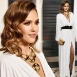 ジェシカ・アルバ、エレガントな美しいドレス姿で登場 #アカデミー賞アフターパーティー