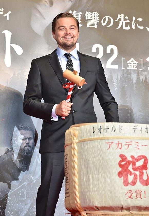 Leonardo-DiCaprio-japan-mar-2016-07