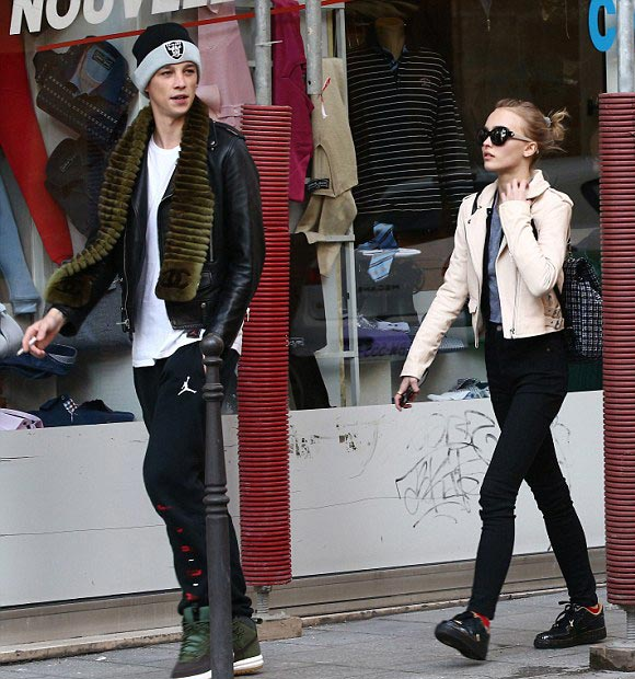 Lily-Rose-Depp-Ash-Stymest-paris-mar-2016-04