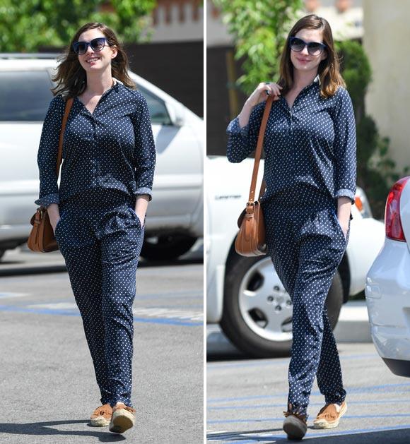 Anne-Hathaway-son-Jonathan-april-2016-04