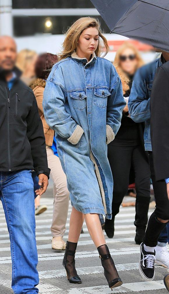 Gigi-Hadid-outfit-mar-31-2016-03