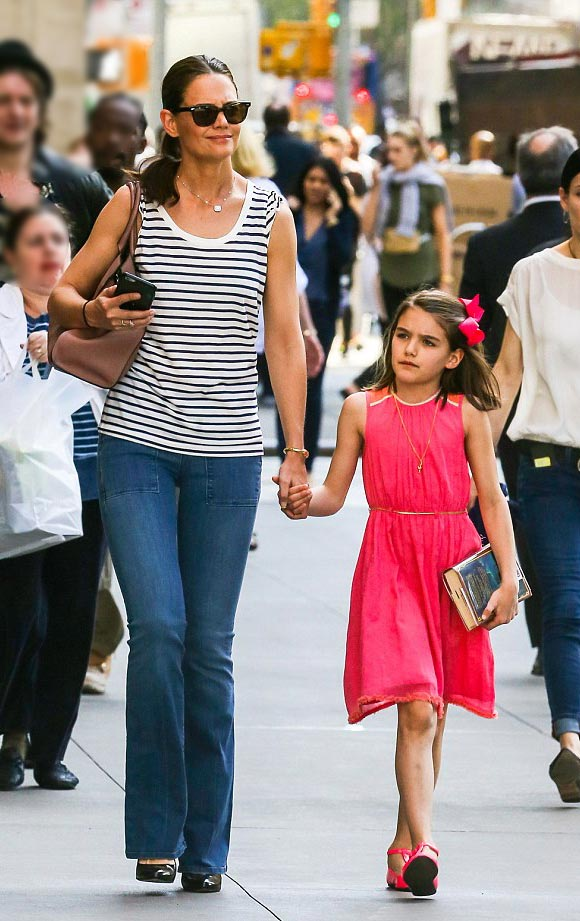 Suri-cruise-10th birthday-april-18-2016-03