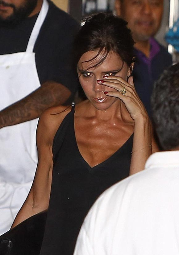 victoria-beckham-42rd-birthday-april-17-2016-04