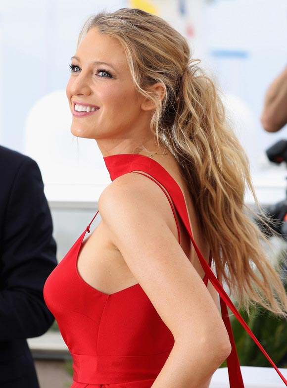 Blake-Lively-Cannes-2016-02