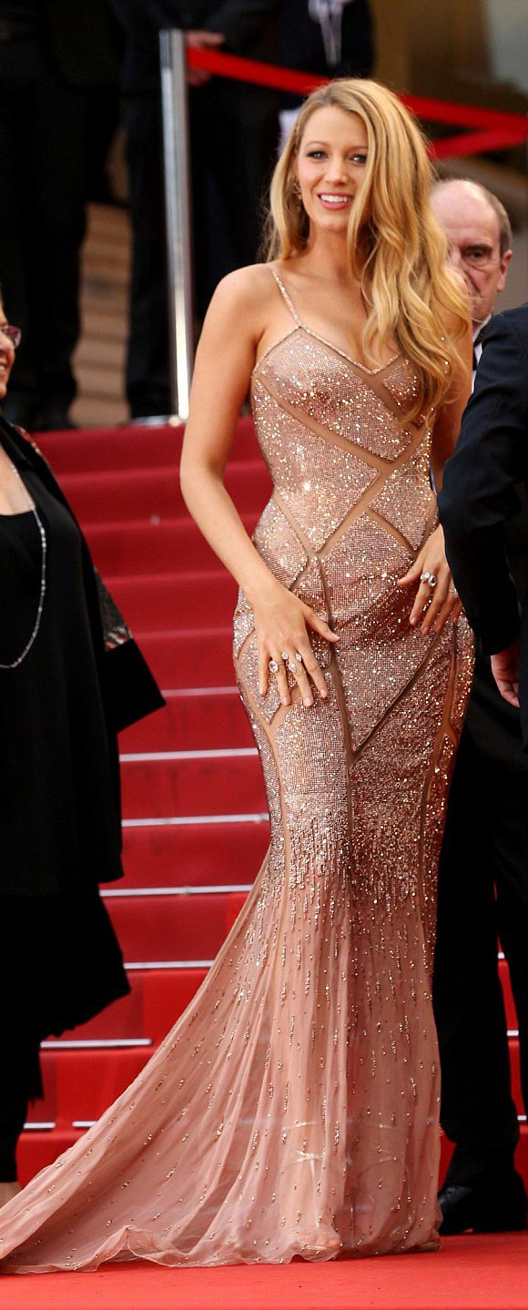 Blake-Lively-Cannes-2016-04
